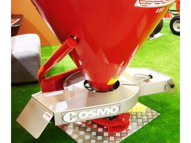 Разбрасыватель минеральных удобрений Cosmo серии P с приставкой для внесения в приствольную зону