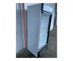 Продаю Холодильник Капри 0,7СК